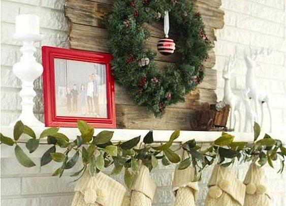 Modern Country Christmas Mantel