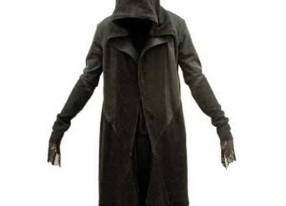CREEPY-COOL: Fashionable Ringwraith Hooded Coat [Pics]