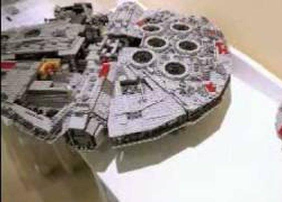 Building Lego 10179 Millennium Falcon Stop Motion - YouTube