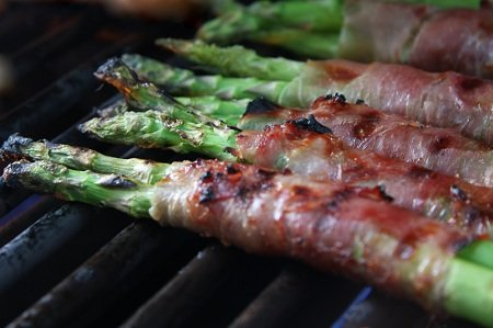 Award Winning Grilled Prosciutto Wrapped Asparagus