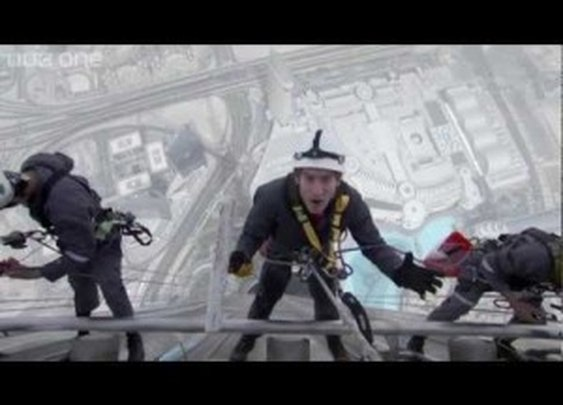 Window Cleaning the World's Tallest Building – Supersized Earth – BBC One