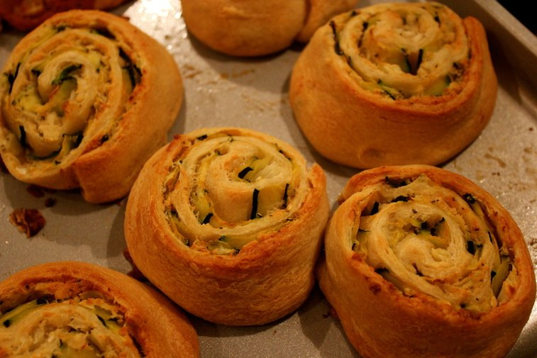 Zucchini Pizza Pinwheels