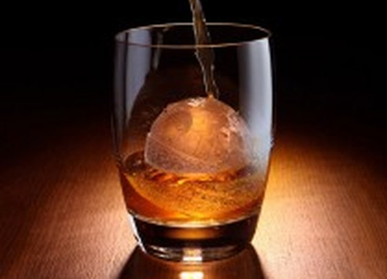 Star Wars Death Star Ice Cube Maker | HiConsumption