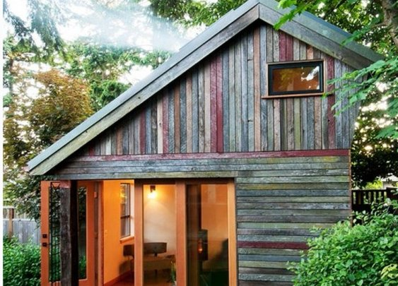 Rustic and Beautiful Backyard Micro-House is Built from Recycled Barnboard - StumbleUpon