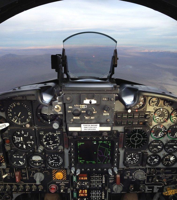 iPad in Real Life: Erik Hess, F-5N Tiger II Pilot