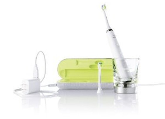 Amazon.com: Philips Sonicare HX9332/05 DiamondClean Rechargeable Electric Toothbrush: Health & Personal Care