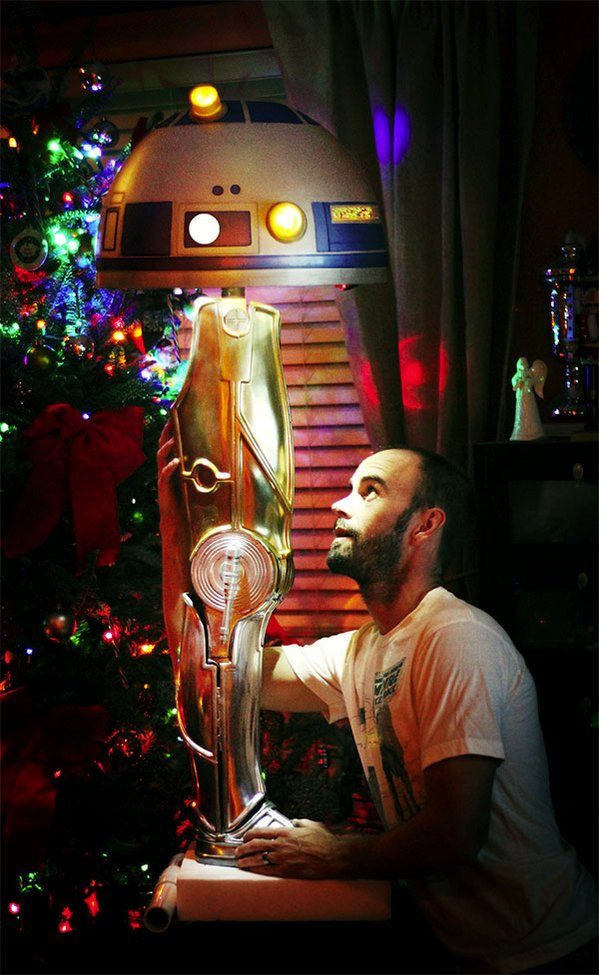 A Christmas Story R2-D2 / C-3PO LegLamp