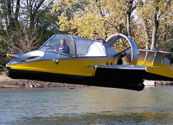 19XRW Hoverwing : Universal Hovercraft, The World Leader in Hovercraft Technology