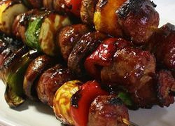 Grilled Bratwurst Skewers