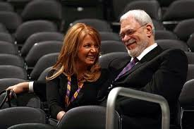 Phil Jackson and Lakers EVP Jeanie Buss get engaged ~ The Good Guys Corner