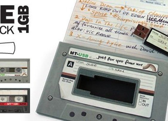 Mix Tape USB Drive : Give the gift of great music