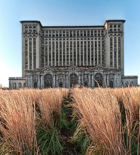 7 Abandoned Wonders of Commercial & Industrial Architecture