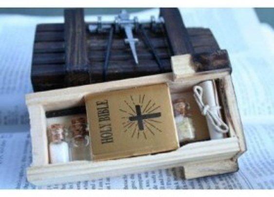 Miniature Vampire Hunter Kit