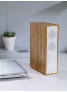 Wireless slimline bamboo bluetooth speaker | Fresh Design Blog