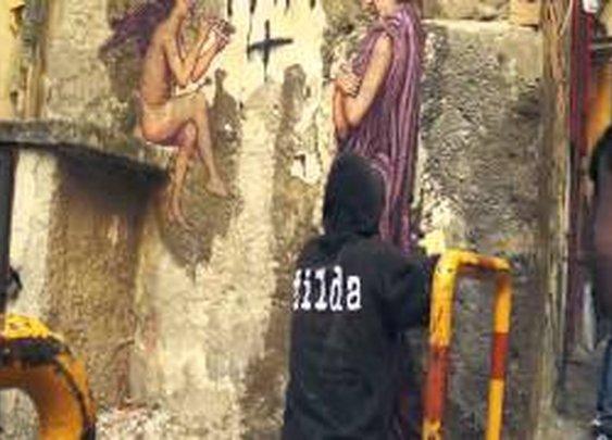 Zilda, street art a Napoli - YouTube