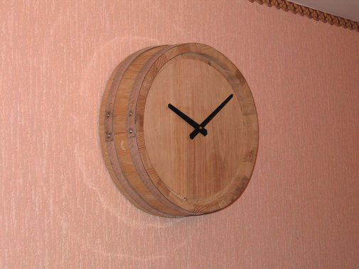 DIY Whiskey Barrel Clock
