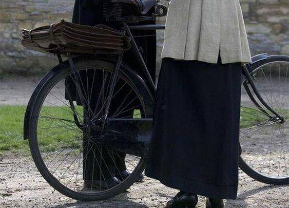 Matthew Crawley, Esq., heir to the Earldom of Grantham, bike commuter.