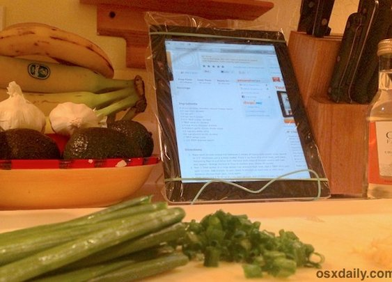 Tip: Protect an iPad While Cooking with a Plastic Bag