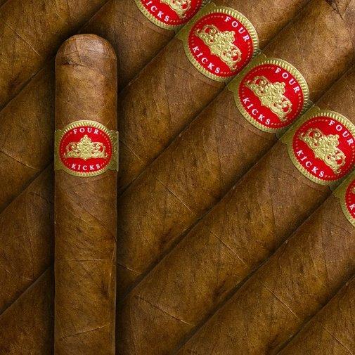 Four Kicks Sublime | Cigar and Whiskey