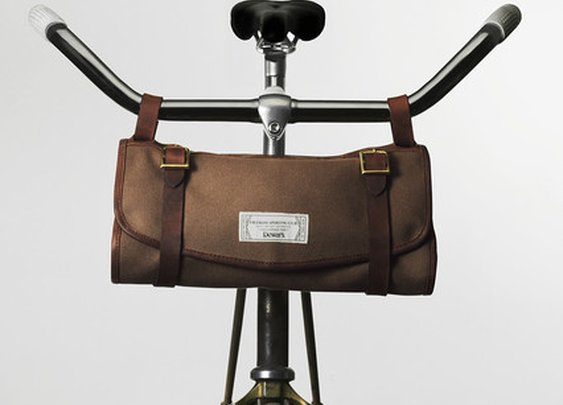 Dewar's Sporting Club Travel Roll — great for wrapping up a bottle or toiletries