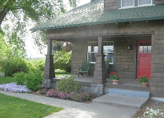 Kalispell Vacation Rental - Vintage 1927 Craftsman Farmhouse