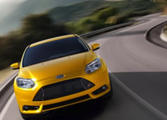 2013 Ford Focus ST | Turbocharged, Aggressive Design & Sport Tuned Suspension | Ford.com