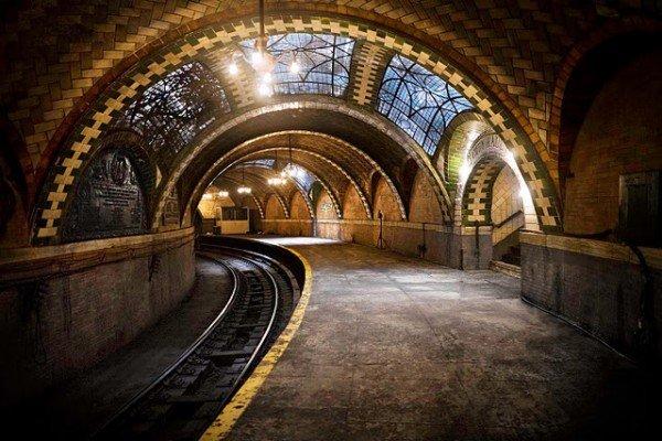 Travelettes    » New York City's Hidden Subway Station