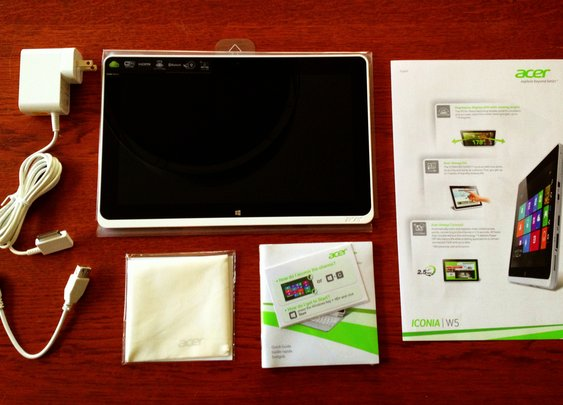 Review of the new Acer W510 Tablet. Spoiler Alert: It's a winner