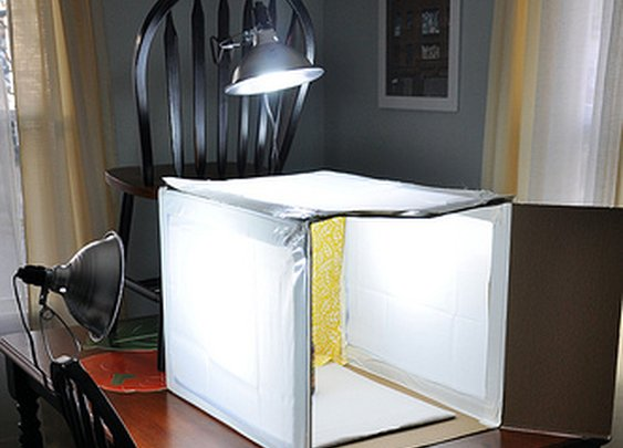How to Build A Light Box: Photography ~ {never} homemaker