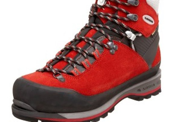 Walking and climbing boots - Wild Terrain