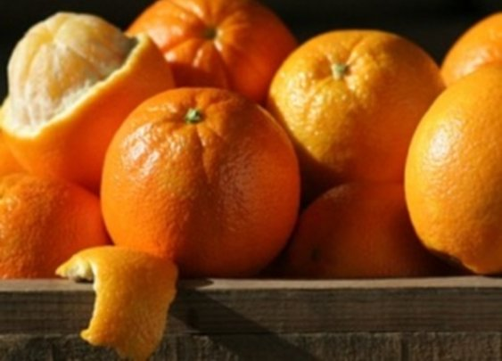 "Nature's ""Super-fruits"" for hiking - Oranges and Bananas"