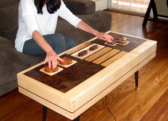 Working Nintendo Controller Coffee Table | DudeIWantThat.com