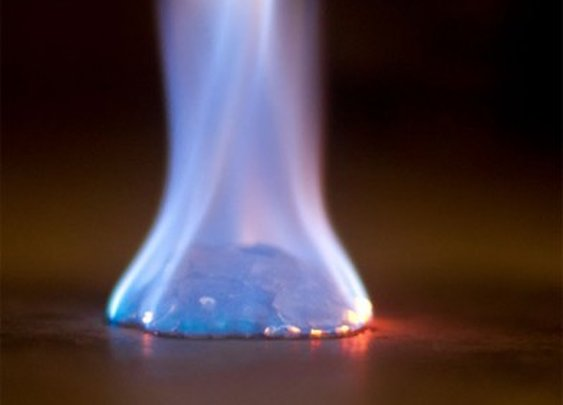 Ready Fuel gel fire starter burns at 1,200°F