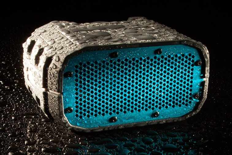 Braven BRV-1 All-Weather Speaker | Uncrate
