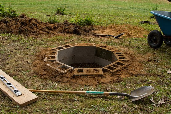 DIY In-Ground Cinder Block Firepit