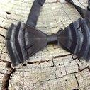 Noir by BowsofaFeather on Etsy