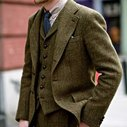 How to Wear Tweed