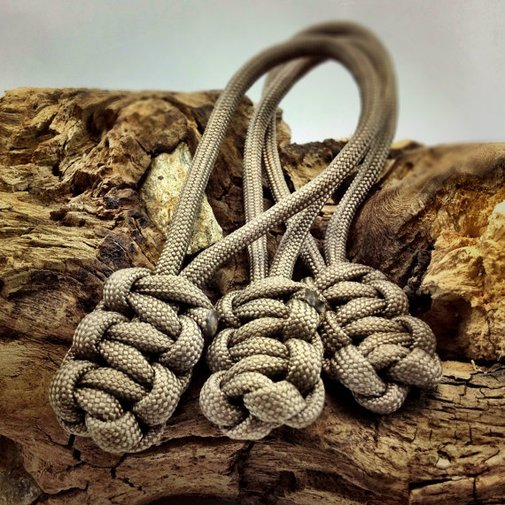 Zipper Pull in Tan Paracord 3 by DesignedTurning on Etsy