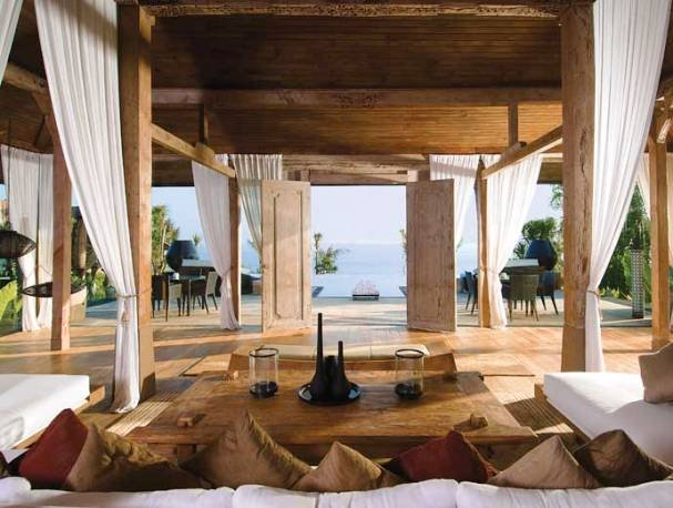 Natural Tropical Balinese Bamboo Green House Style