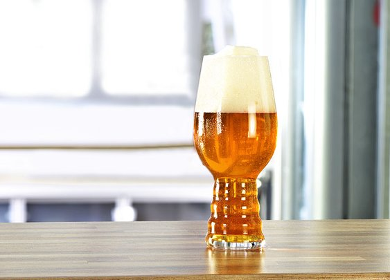 Beer Drinking Glass Engineered for IPAs - Sierra Nevada Dogfish Head and Spiegelau Collaborate on India Pale Ale Glass - Esquire