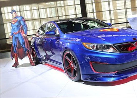 Kia reveals a Superman Optima Hybrid
