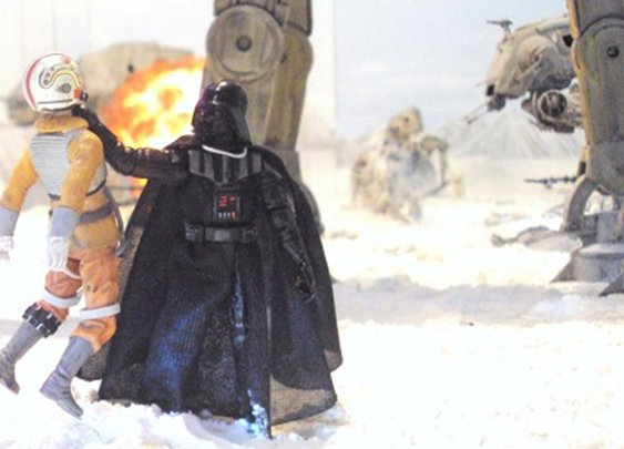 Star Wars Fan Builds Huge Battle of Hoth Diorama in his Living Room