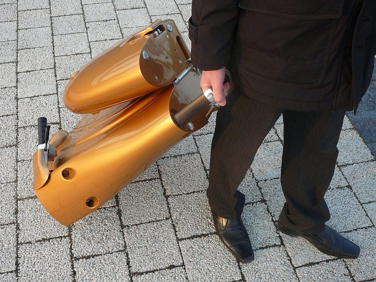No Parking? Electric Scooter Folds Into Suitcase