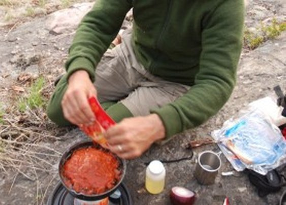 How to dehydrate camp food