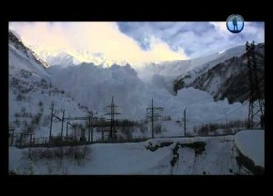 Big Avalanche Caught on Camera | ClickExist