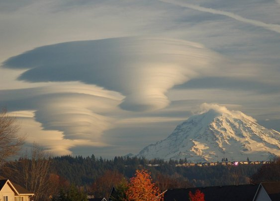 60 Insane Cloud Formations from Around the World