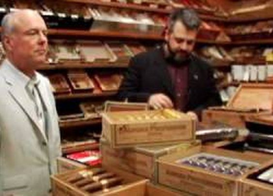Tips for Buying a Cigar | Cigar Aficionado - YouTube