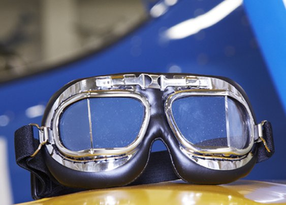 Barnstormer Chrome Goggles - Sporty's Wright Bros