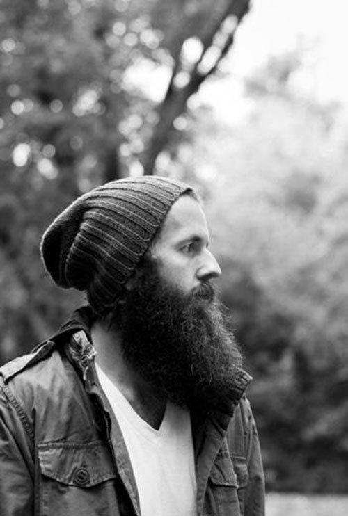 Pleasing Big Manly Beards Thechive Gentlemint Short Hairstyles Gunalazisus