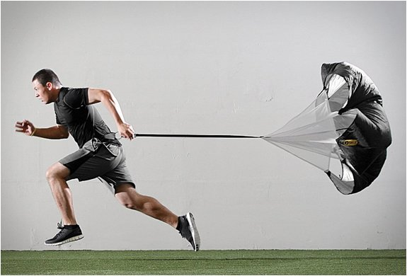 SPEED RESISTANCE TRAINING PARACHUTE